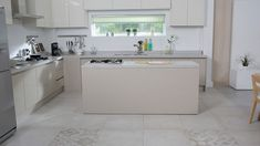 This comprehensive guide will help you understand kitchen cabinet trends, types, and styles better. Get inspired and make your kitchen stand out. Kitchen Cabinet Design, Modern Kitchen Design, Kitchen Cabinets, Kitchen Flooring Options, Led Stripes, Custom Kitchens, Marble Floor, Cuisines Design, Kitchen Dining