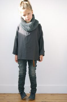 It's all about the neck warmers now that scarves are banned from school!   Arthur ( ♥ ) Zoé