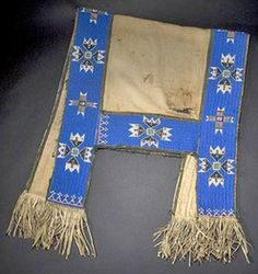 sioux saddle blanket | sioux beaded saddle blanket image credit on full record Native American Costumes, Native American Horses, Native American Regalia, Native American Beadwork, Pirate Halloween Costumes, Couple Halloween Costumes For Adults, Couple Costumes, Horse Costumes, Teen Costumes