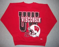 WI Wisconsin Badgers NCAA Bucky Badger Football Sweatshirt Red Sweater Vintage Hipster Made In USA L Large