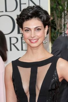 Morena Baccarin's curly short hair