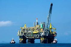 an oil platform of Petrobras, Brazil Cayman Islands, Island Travel, Oil Rig Jobs, Barris, Bolivia Travel, Energy Industry, Oil Industry, Big Oil, Drilling Rig