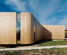 """In Salobreña haben die Architekten Jesús Torres García in Anlehnung an Oscar Niemeyer den """"Non Program Pavilion"""" erbaut."""