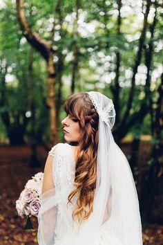 Juliet cap veil | Photography by http://missgen.com/