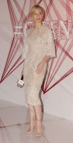 The trend report: White and lacy - Cate Blanchett attends an SK-II promotional event wearing Elie Saab Couture. Zuhair Murad Dresses, Elie Saab Dresses, Gala Dresses, Couture Dresses, Evening Dresses, Wedding Dresses, Elie Saab Couture, Cate Blanchett, Celebrity Red Carpet