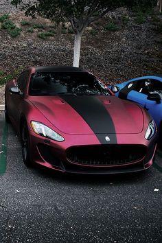 Meme si vous n avez pas cette voiture vous pouvez avoir la même couleur. Optez pour un  covering rouge mat aluminium chez protect- film.fr