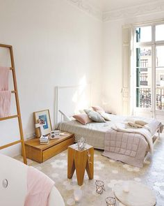 Home Sweet Home (The Camelia ! Pastel Bedroom, Beautiful Interior Design, Deco Design, Home And Deco, Beautiful Bedrooms, House Rooms, Home Interior, Interior Ideas, Home Bedroom