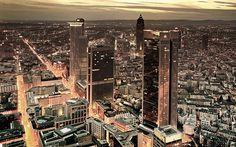Skyline Frankfurt by Moritz Sirowatka