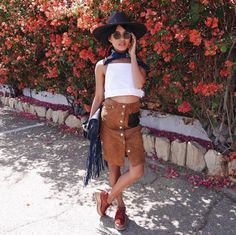 The Best Street Style From Coachella Day 2 | The Zoe Report - Olivia Lopez