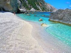 Unbelievable Petani Bay in Kefalonia island, on the Ionian Sea, Greece. Beautiful Islands, Beautiful Beaches, Dream Vacations, Vacation Spots, Places To Travel, Places To See, Places Around The World, Around The Worlds, Greece Islands