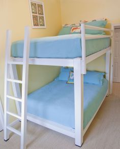 Queen Bunk Beds fits great in any vacation home!
