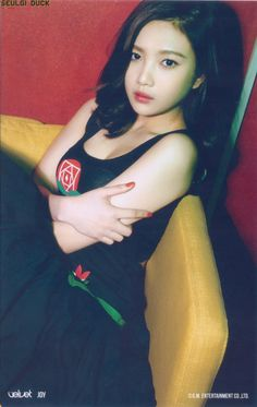 [Eye Candy] 9 Sexiest Moments Of Red Velvet Joy! South Korean Girls, Korean Girl Groups, Korean Beauty Standards, Red Velvet Joy, Park Sooyoung, Pretty Photos, Seulgi, Asian Style, These Girls