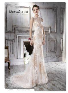 ¿Qué te parece llevar un vestido de novia con color? http://blog.higarnovias.com/2015/10/20/vestidos-de-novia-5/ #Entrebast