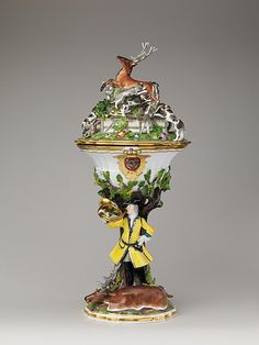 1741 German (Meissen) Hunting cup with cover at the Metropolitan Museum of Art, New York