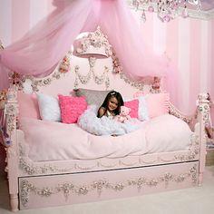 Cute Little Girl Bedroom Idea. Cute Little Girl Bedroom Idea. 25 Best Kids Bedroom Ideas for Small Rooms You Should Try Dream Rooms, Dream Bedroom, Girls Bedroom, Bedroom Decor, Bedroom Ideas, Trendy Bedroom, Bedroom Storage, Bedroom Makeovers, Girls Daybed