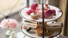 Where to find the best high teas Sydney has to offer, for scones, sweets, finger sandwiches and a cheeky glass of Champagne. Round Cake Pans, Round Cakes, Finger Sandwiches, Cucumber Sandwiches, Cake Oven, High Tea Food, Chocolate Powder, Homemade Cakes, Tea Recipes