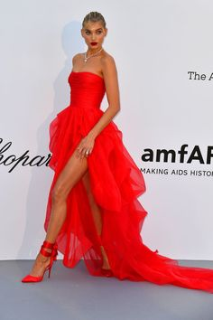 Celebrity and Model Dress from the 2018 amfAR Cannes Gala - Red Carpet Looks at Cannes 2018 Trendy Dresses, Cute Dresses, Beautiful Dresses, Fashion Dresses, Red Formal Dresses, Girls Pageant Dresses, Prom Dresses, Deb Dresses, Tulle Prom Dress