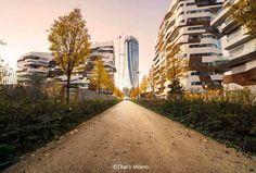 Simone Luca eccoci in Citylife #buonadomenica #milanodavedere Milano da Vedere