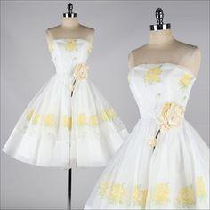 vintage 1950s dress . white chiffon . yellow roses . strapless dress . 3825