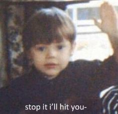 Stop it I'll hit you Cute Memes, Stupid Funny Memes, Funny Relatable Memes, Haha Funny, 5sos Funny, One Direction Humor, I Love One Direction, Harry Styles Memes, Jokes