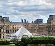 World's Most-Visited Tourist Attractions: Musée du Louvre, Paris