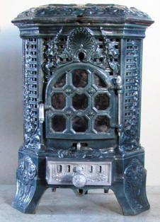 Antique Co Poêle français à vendre