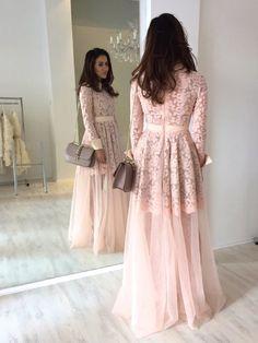 Blog; theglamandglitter.com  pink blush lace dress