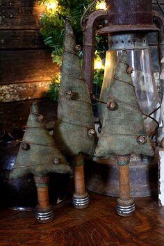 Primitive Christmas Pattern, Grungy Folk Art Tree Make Do Set - Digital PDF Pattern, Christmas Pattern