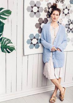 Click to enlarge Lounge Wear, Knitwear, Knit Crochet, That Look, Kimono, Comfy, Street Style, Shirt Dress, Knitting