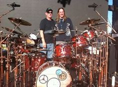 Two of the best drummers in the world!!! Neil Peart & Danny Carey Drum Sheet Music, Drums Sheet, Danny Carey, Best Drums, Tool Band, Neil Peart, Art Music, Music Artists, Best Rock