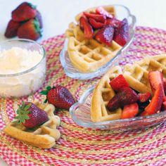 Strawberrry Shortcake Waffles!   Pound cake+waffles= yum!