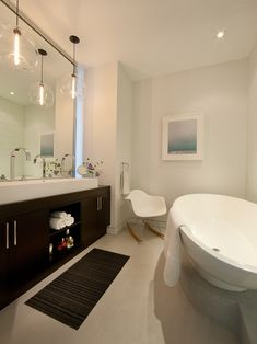 Chicago Modern Bathroom Design, Pictures, Remodel, Decor and Ideas - page 6