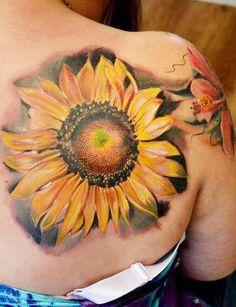Blade Sunflower tattoo by Piranha Tattoo Supplies Blade Sunflower… Sunflower tattoo – Top Fashion Tattoos Flower Tattoo Shoulder, Shoulder Tattoos, Sunflower Tattoos, Sunflower Tattoo Design, Realistic Flower Tattoo, Make Tattoo, Tattoo Supplies, Tattoos Gallery, Tattoo Photos