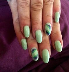 CND Shellac Mint Convertible and feather decals