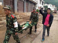 F.G. Saraiva: Terremoto de 6,1 graus mata pelo menos 150 na Chin...