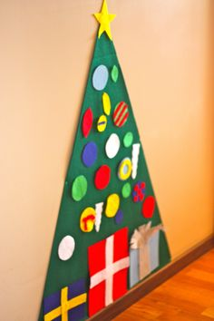 flannel board christmas tree | Kid-Friendly Christmas Tree - I Can Teach My Child!