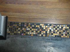 flooring transitions New Wood Tile Floor Transition Spaces Ideas Wood Tile Floors, Kitchen Flooring, Floor Design, House Design, Ceramic Floor Tiles, Pebble Tiles, Mosaic Tiles, Transition Flooring, Texas Kitchen