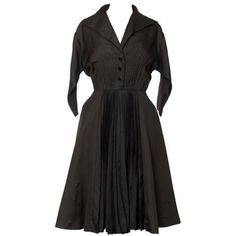 Preowned 1950s Jacques Fath New Look Silk Dress (49,715 INR) ❤ liked on Polyvore featuring dresses, multiple, long silk dress, long full skirt, pre owned dresses, sleeve dress and full skirt