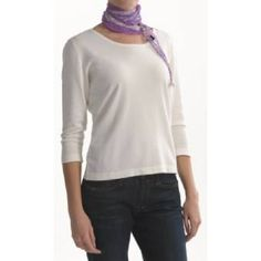 Colorful scarves for a very good price. Many colors to choose from.