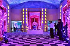 Are you looking for wedding decor in some traditional shades? Here is a beautiful yellow wedding decor with a touch of magenta pink elements! Yellow Purple Wedding, Yellow Theme, Purple Wedding Decorations, Stage Decorations, Purple Wisteria, Floral Chandelier, Pink Garden, Orange Background, New Theme