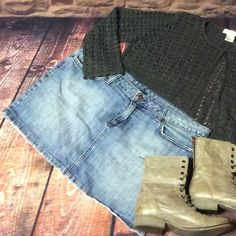 SZ 13 URBAN OUTFITTERS LUX DENIM SKIRT Cute denim mini skirt with navy design on back pockets.. Distressed wash, gently used Urban Outfitters Skirts Mini