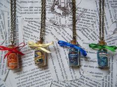 Harry Potter Hogwarts House Points Vial Necklace (Choose Your House) from KawaiiCandyCouture on Etsy. Saved to Harry Potter. Harry Potter Room, Harry Potter Birthday, Harry Potter Hogwarts, Hogwarts Uniform, Vial Necklace, Gold Necklace, Bottle Charms, Jewelry Crafts, Bow Jewelry