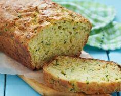 Cake léger à la courgette, feta et ricotta : http://www.fourchette-et-bikini.fr/recettes/recettes-minceur/cake-leger-la-courgette-feta-et-ricotta.html