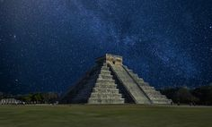 Travelling to Cancun? Add These Activities in Your Itinerary: Chichen Itza is known as one of the 7 New Wonders of the World. Why pass up on the opportunity to behold a vital piece of history? Check out the items that should be on your Cancun itinerary! #clbglobaltravel #mexico #travel