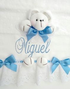 Machine Embroidery Patterns, Welcome Baby, Tree Wedding, Kids And Parenting, Baby Items, Smurfs, Patches, Baby Boy, Teddy Bear