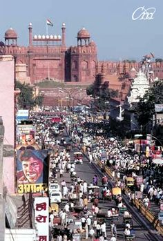 The streets near लाल किल्ला ( Lal Qilla) or Red Fort, New Delhi- नई दिल्ली, India Places Around The World, Around The Worlds, Places To Travel, Places To Go, Taj Mahal, Jaisalmer, Udaipur, Himalaya, Amazing India