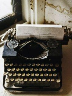 Писать книги