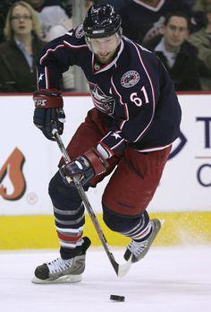 Рик Нэш - профессиональный канадский хоккеист, капитан команды НХЛ 'Columbus Blue Jackets'. Входит в состав сборной Канады по хоккею на Зимних Олимпийских играх 2010.