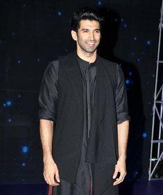 Aditya Roy Kapur promotes #OkJaanu on the sets of 'Indian Idol 9'. #Bollywood #Fashion #Style #Handsome #Ethnic