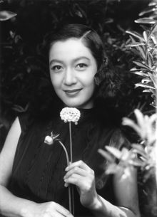 原節子 Japanese Film, Japanese Beauty, Asian Beauty, Classic Beauty, Vintage Hairstyles, Great Movies, Art Music, Old Photos, Movie Stars